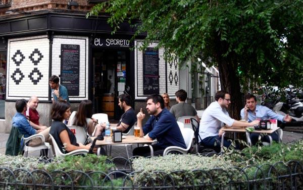 cafe en la calle
